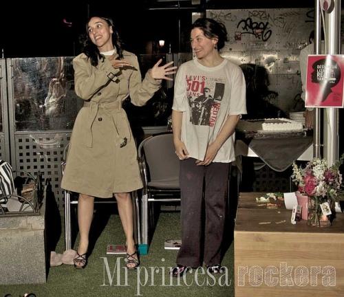 Actuación de Vaninas y Carmen